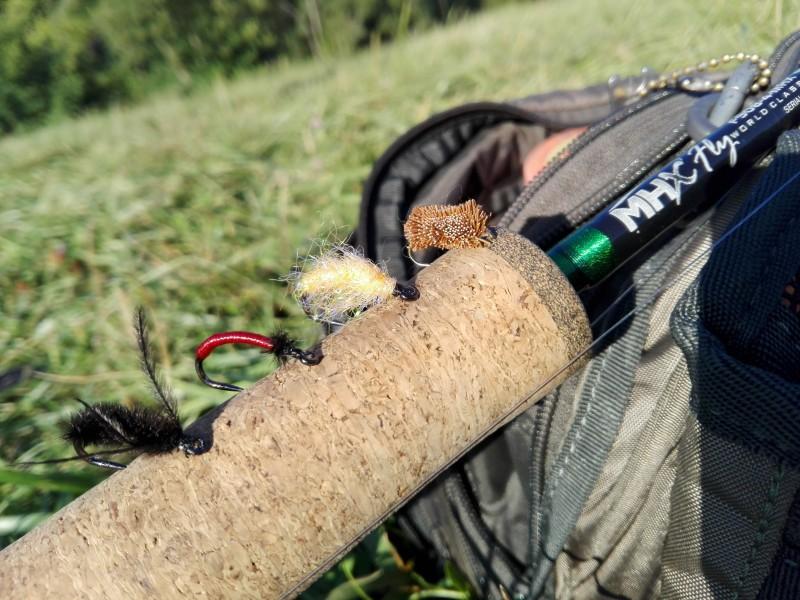 Présentation des mouches pour la pêche de la carpe à la mouche